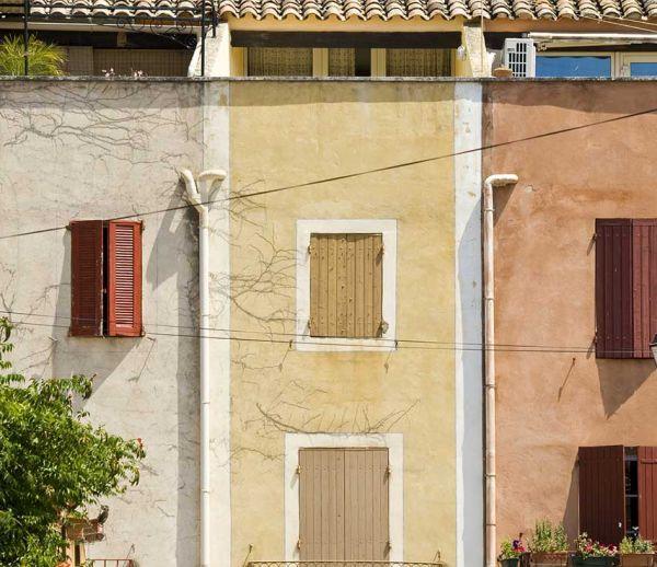 Alsace, Bretagne, Nord et Provence : les couleurs des maisons aux 4 coins de la France