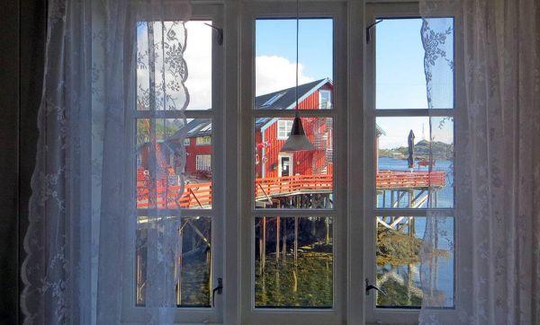 En Norvège, des lampes à chaque fenêtre comme repères dans la nuit
