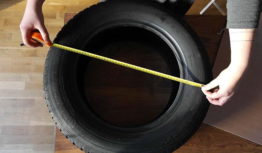 diy un pouf dans un pneu fabriquez un si ge d 39 appoint. Black Bedroom Furniture Sets. Home Design Ideas