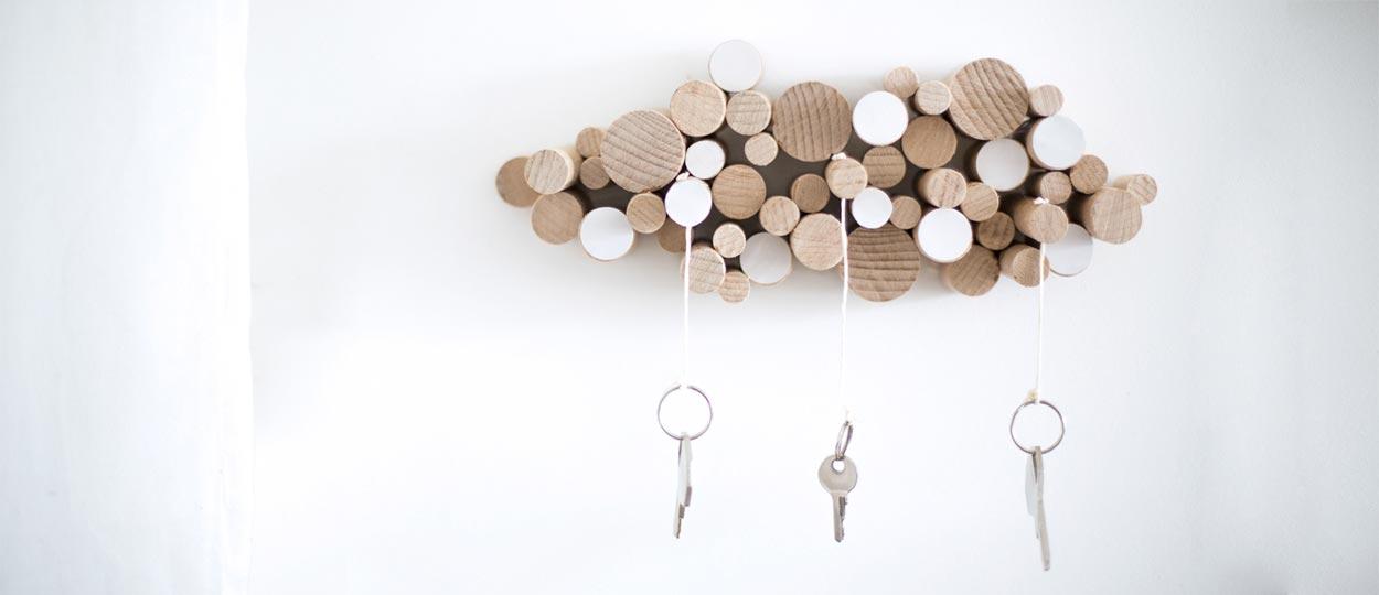 diy fabriquer une range cl s en bois rangement pratique d coration int rieure. Black Bedroom Furniture Sets. Home Design Ideas