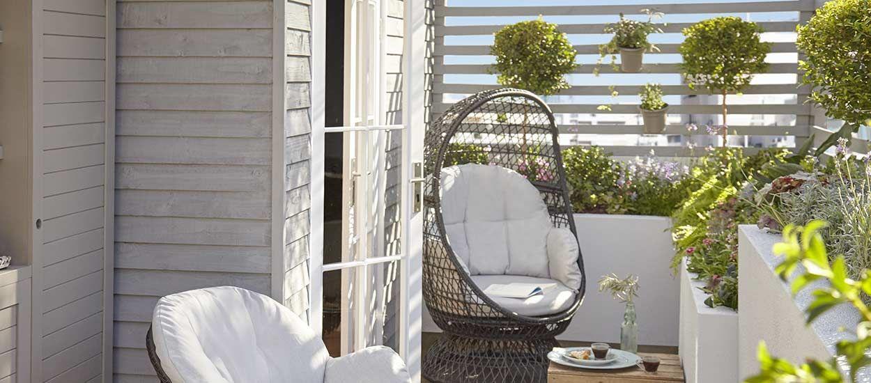diy pour fabriquer un claustra en bois brise vue pour jardin ou balcon 18h39. Black Bedroom Furniture Sets. Home Design Ideas