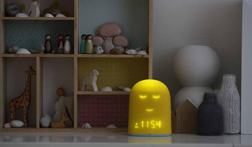 un r veil connect pour que les enfants dorment bien r ussir faire dormir son enfant. Black Bedroom Furniture Sets. Home Design Ideas