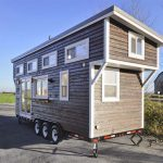 Une tiny house tout confort, construite par la Mint tiny house company.