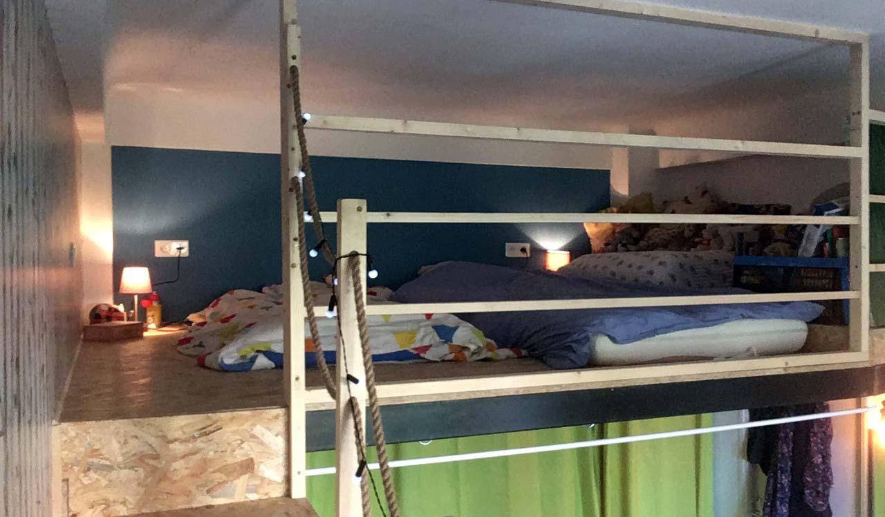 transformer un petit studio en un petit loft pour une famille