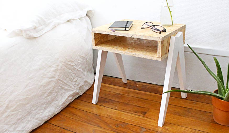 Une table de chevet en bois originale en diy pour une - Table de chevet originale ...