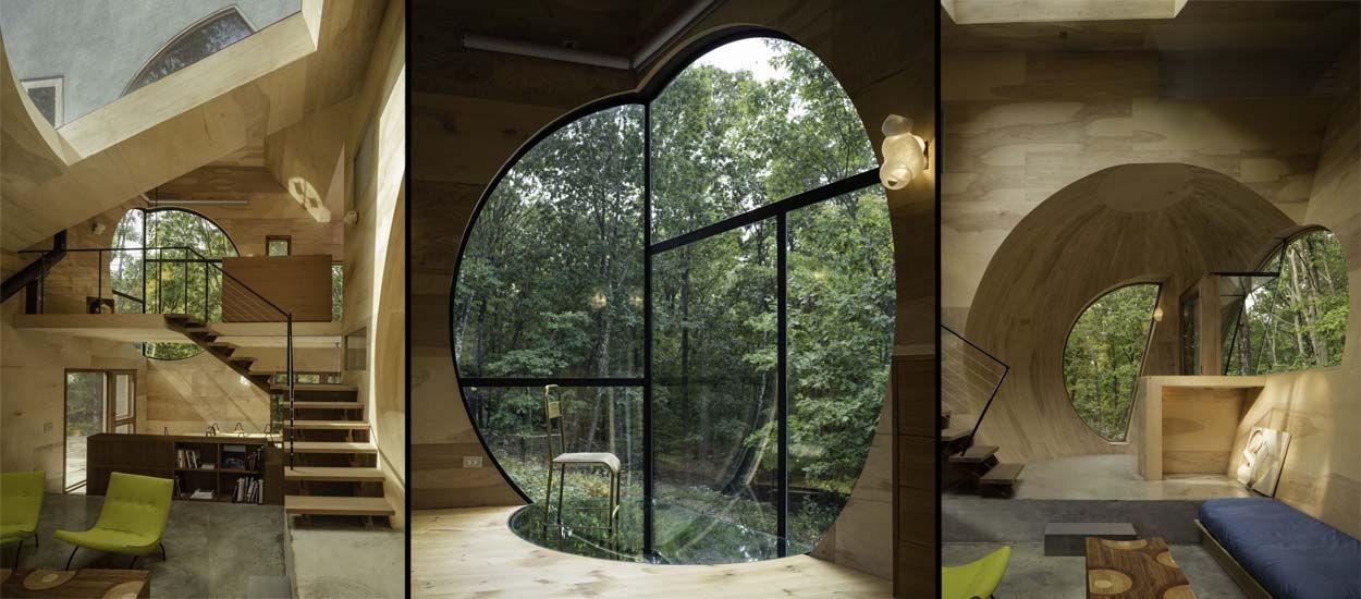 La géométrie fascinante de cette maison en bois va vous faire tourner la tête