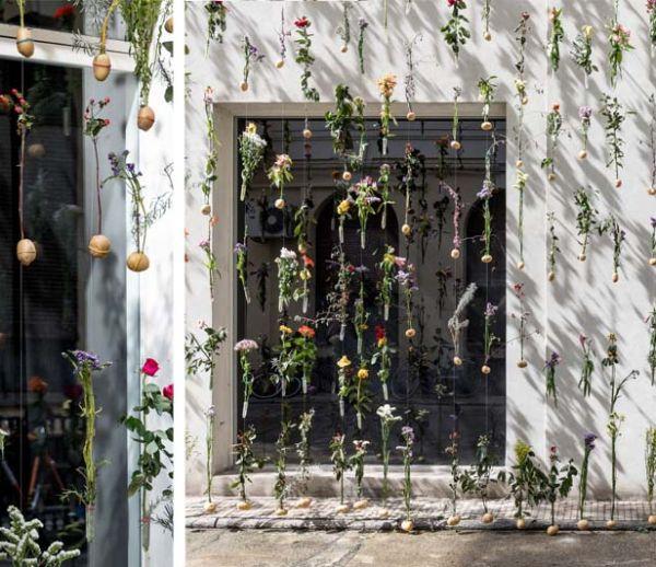 Une façade recouverte de plus de 2 000 fleurs