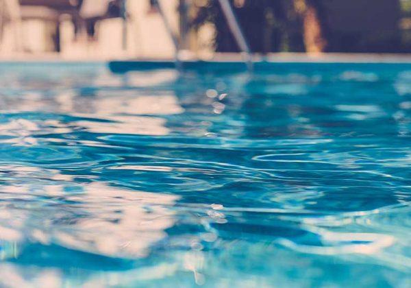 comment bien entretenir sa piscine - contrôler le ph de sa piscine