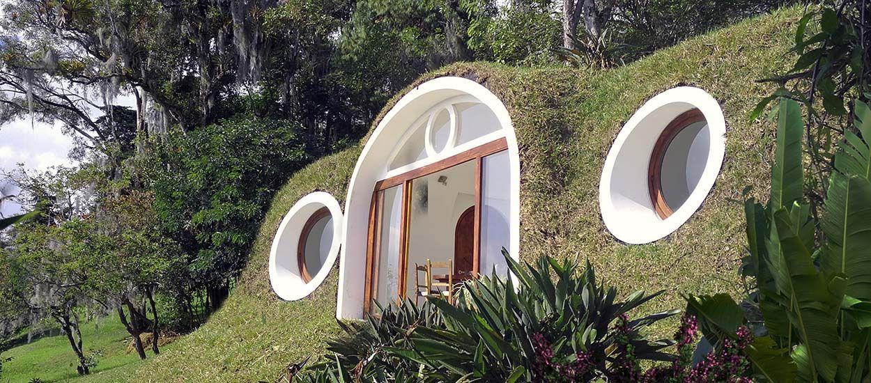 Ces maisons de Hobbits sont fabriquées avec du plastique recyclé