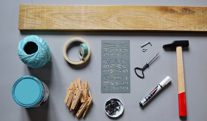 cadeau de naissance original fabriquez une toise en bois avec photos. Black Bedroom Furniture Sets. Home Design Ideas