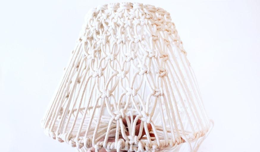 Une Fabriquer Abat Diy Jour Avec Un Lampe Macramé En Vieil 4LAjc3R5q