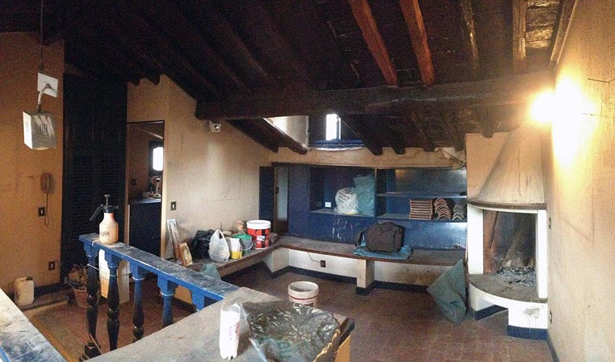 L'appartement, qui tenait plus du grenier, avant aménagement.