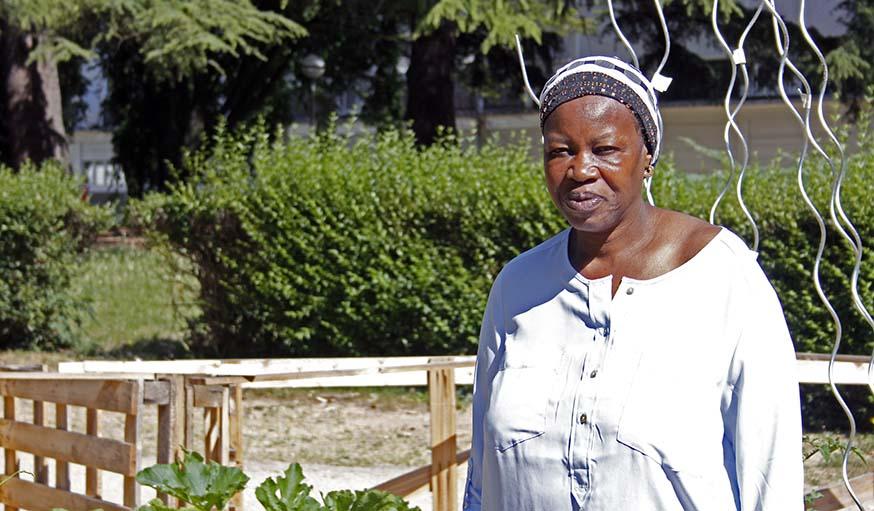 Dieynanba Kanouté, vient jardiner quasiment toutes les semaines.