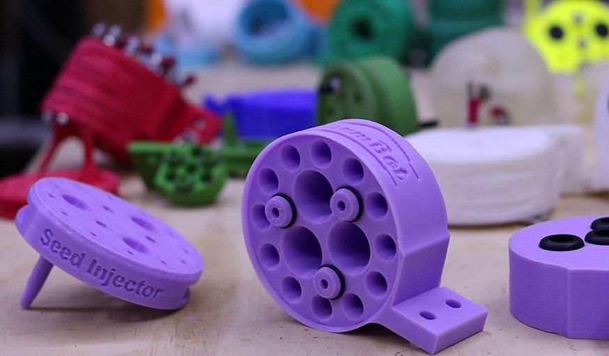 Les différents outils du robot peuvent être imprimés en 3D.