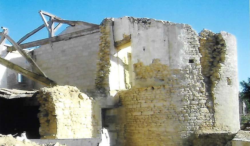 La tour de guet en ruine, à l'achat de la maison.