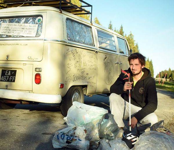 Il fait le tour de l'Europe et ramasse 1 tonne de déchets dans la nature