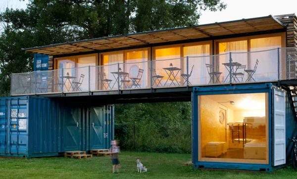 Découvrez cet étonnant hôtel au design minimaliste réalisé dans des conteneurs