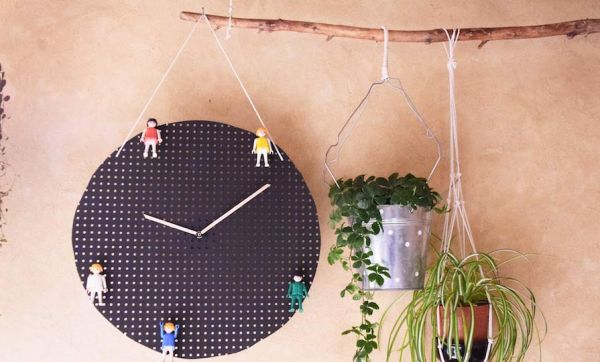 Tuto : Fabriquez cette horloge super ludique pour apprendre à vos enfants à lire l'heure !