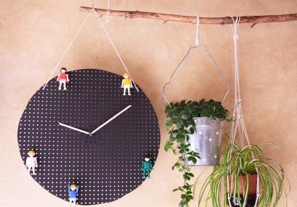 Avec Cette Horloge Apprenez A Lire L Heure A Vos Enfants 18h39 Fr