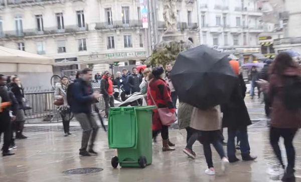 Caméra cachée : ramassez vos déchets, vous êtes filmés !