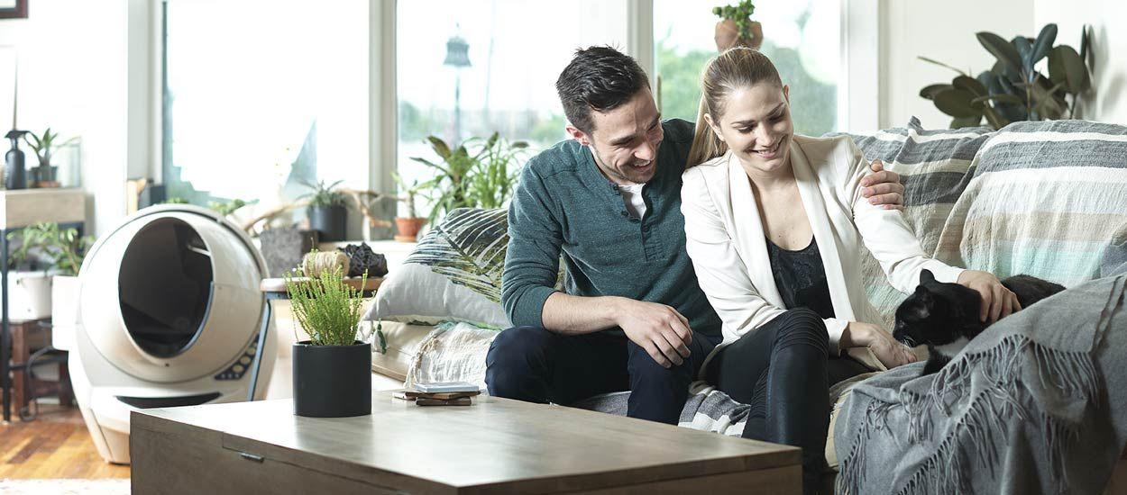 ce bac liti re autonettoyant pour chat est incroyable. Black Bedroom Furniture Sets. Home Design Ideas