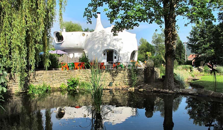 Les maisons bulles de pascal hau sermann sont vendre for Maisons bulles