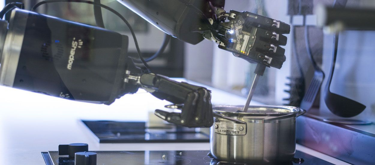 Ce robot-cuisinier prépare des plats de chefs étoilés chez vous !