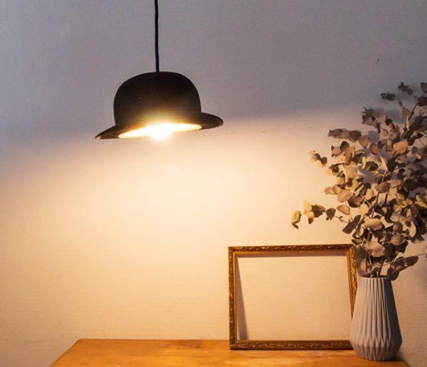 Tuto : Fabriquez une lampe originale avec... un chapeau melon !