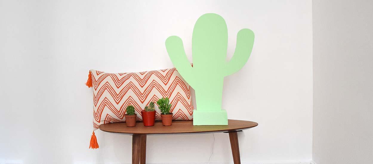tuto fabriquer une lampe avec une fraiseuse num rique tendance cactus. Black Bedroom Furniture Sets. Home Design Ideas