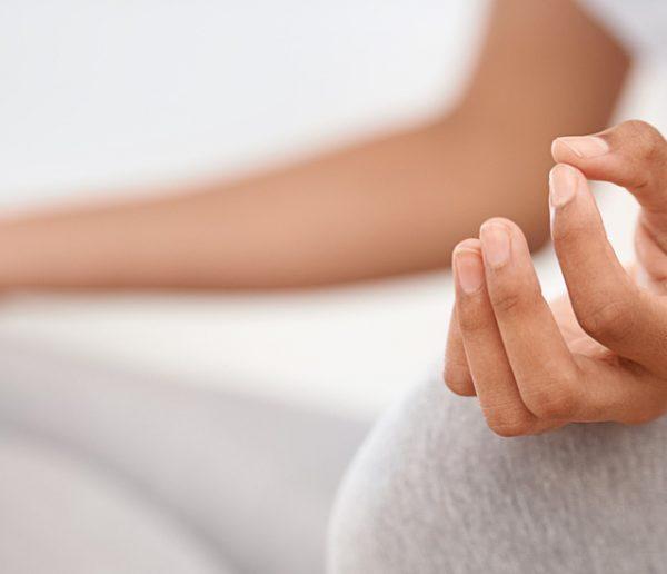 5 techniques terriblement efficaces pour se relaxer en moins de 15 minutes chez soi