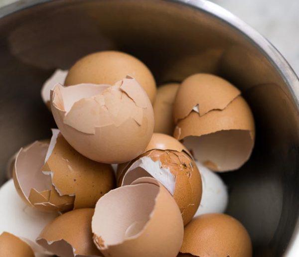 Ménage écolo : 8 astuces pour tout nettoyer avec des œufs