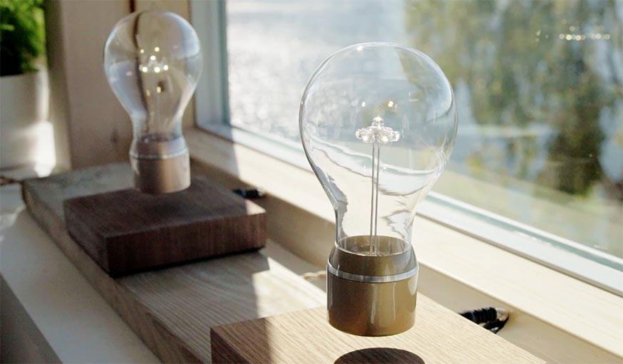 lampe en l vitation plante flottante flyte fait voler les objets. Black Bedroom Furniture Sets. Home Design Ideas