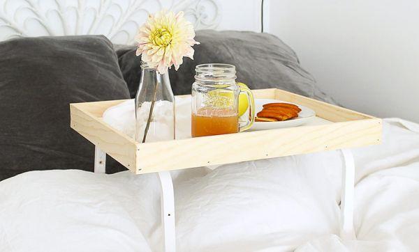 Tuto : Fabriquez un joli plateau pour vos petits-déjeuners au lit