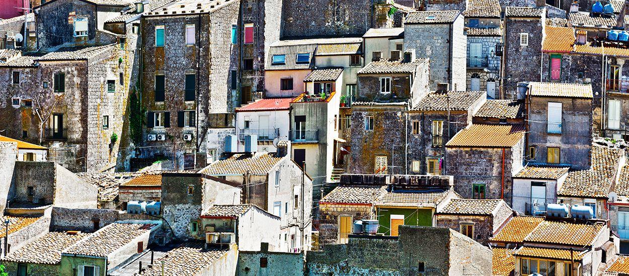 Maison a vendre en italie pour 1 euro avie home for Acheter une maison en sardaigne