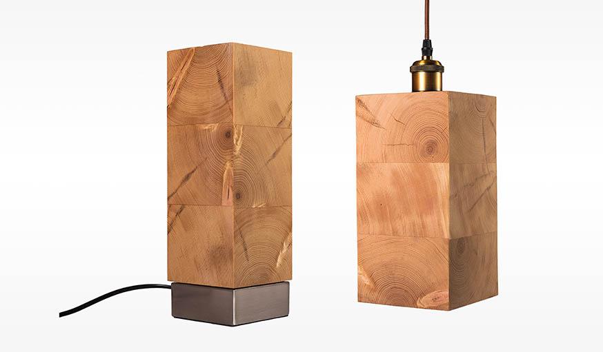 Cette lampe de chevet se décline aussi en suspension.