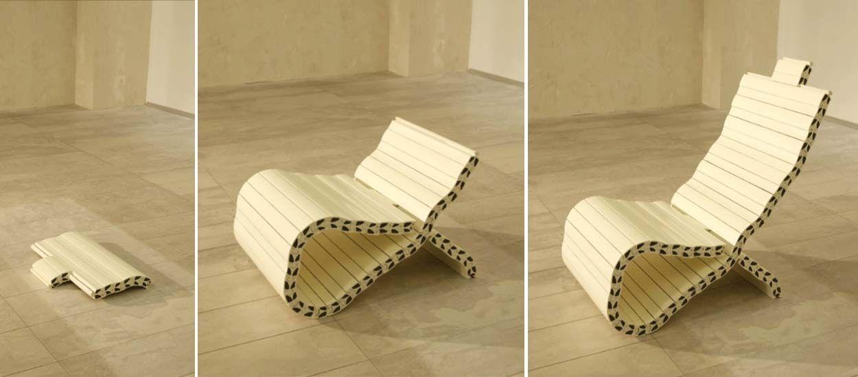 Ces chaises se transforment à l'envi, sans clous ni vis, comme un jeu de construction !