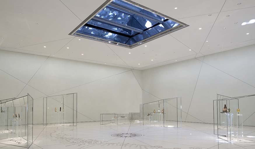 Le grand vestibule du Louvre Abu Dhabi.