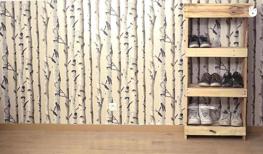 Diy r alisez un meuble chaussures pas cher en bois de - Vernir un meuble en bois ...
