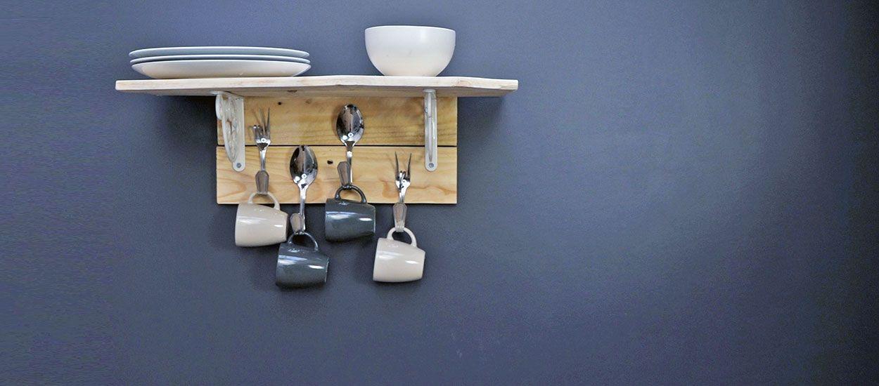 Tuto : Fabriquez une étagère récup' pour votre cuisine en détournant des couverts