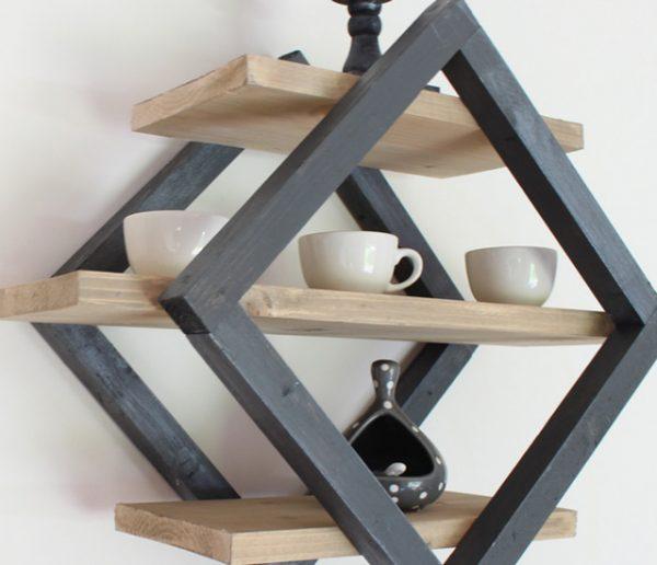 Tuto : Fabriquez une étagère graphique en forme de losange