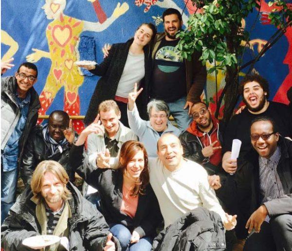 Le Carillon révolutionne la solidarité avec les personnes sans-abri et donne envie de s'impliquer