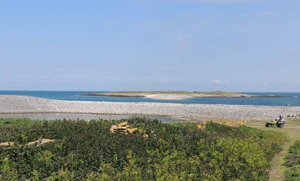 Un couple de trentenaires a été sélectionné pour vivre sur cette île déserte en Bretagne