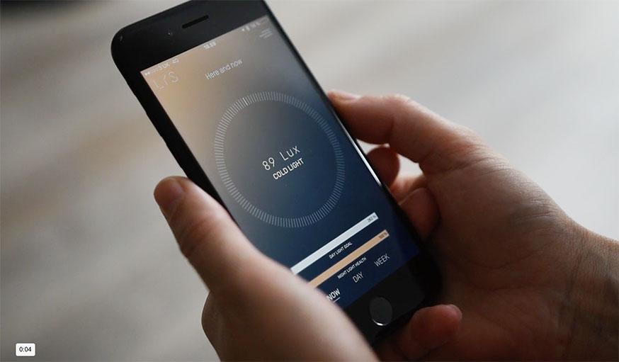L'application indique la quantité de lumière reçue en temps réel.