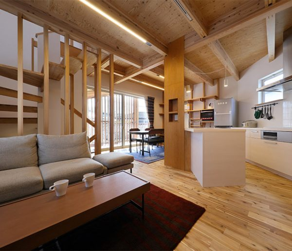 Cette petite maison japonaise vous donnera des envies minimalistes