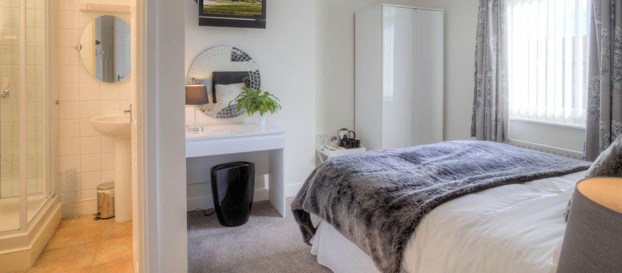 tutoriels vid o pour apprendre refaire soi m me une salle de bains. Black Bedroom Furniture Sets. Home Design Ideas