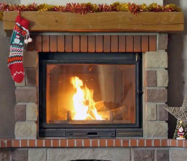 J-15 : Réchauffez-vous avec notre vidéo de feu de cheminée !