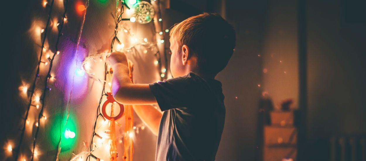 3 conseils pour vérifier vos guirlandes lumineuses et passer des fêtes en toute sécurité