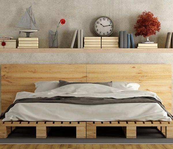 Vernir, teindre ou patiner : Maitrisez la finition de vos meubles en palette
