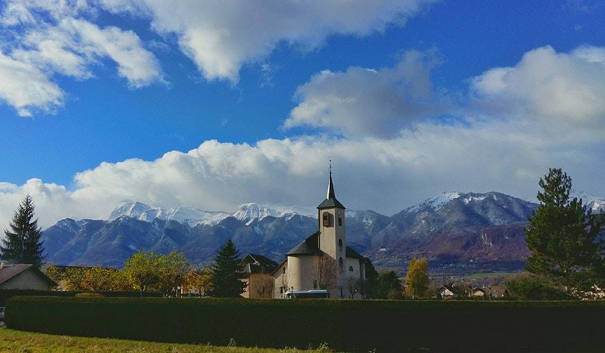Premières neiges à Grignon en Savoie.