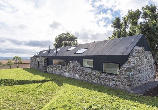 Vieilles pierres : cette ferme rénovée est devenue une ...